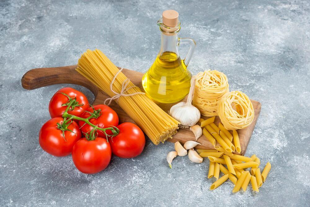 ספגטי פיקנטי עם פטריות ושום